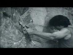 """Gli anni nei quali Felice lavorava al libro su Zurbriggen erano gli stessi del Nuovo mattino [...] Un alpinismo senza ansie neé record, senza """"lotta coll'Alpe"""" né metafore militari (""""attacco"""", """"conquista"""", """"battaglia""""). Un alpinismo dove """"il movimento fosse tutto e il fine nulla"""", con la vetta meno importante della parete, comunitario e rilassato, liberatorio e contemplativo. [Nel video, un estratto del documentario """"Cannabis Rock"""" di Franco Fornaris] Cannabis, Battaglia, Video, Rock, Painting, Art, Climbing, Art Background, Painting Art"""