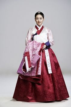"""Hur Jun, The Original Story (Hangul: 구암 허준;RR: Guam Heo Jun) is a 2013 South Korean television series about the life of Heo Jun, a commoner who rose up the ranks to become a royal physician in Joseon (he used the pen name""""Guam""""). It aired on MBC. Heo Jun was the author of the famed oriental medicine textbook Dongui Bogam (lit. """"Mirror of Eastern Medicine""""), considered the defining text of traditional Korean medicine."""