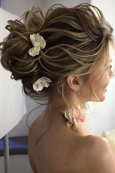 classical wedding hairstyles high curly french twist on blonde hair lenabogucharskaya via instagram