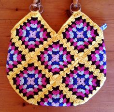 Items similar to crochet granny square & cotton bag with bamboo handles 'LIL'SUSIE' on Etsy Granny Square, Crochet Granny, Crochet Bags, Cotton Bag, Projects To Try, Crochet Patterns, Blanket, Shawls, Unique Jewelry