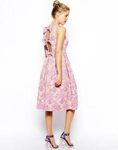 Изображение 1 из Жаккардовое приталенное платье миди с бантом сзади ASOS Premium
