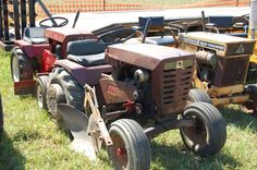Wheel Horse Tractor, New Tractor, Lawn Tractors, Small Tractors, Outdoor Tools, Old Antiques, Lawn And Garden, Lawn Mower, Outdoor Power Equipment