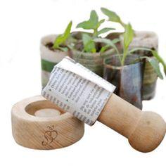 Tee se itse –kylvöruukku työkalu - Lahjaideoita Kotipuutarhurille   http://lahjaopas.info/lahjaideoita-kotipuutarhurille/