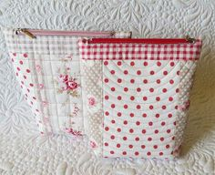 Geta's Quilting Studio: Quilted Pouches Galore
