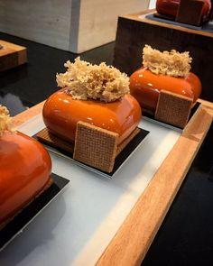 Creation made with GEM100 moulds by Josep Mª Ribé Ramos   #bethefirstbeoriginal  #silikomart #pastry #patisserie
