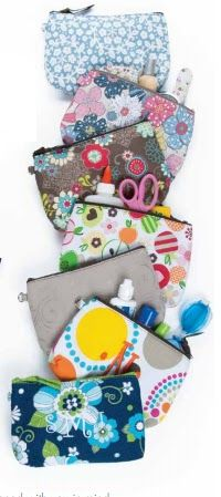 Thirty One Gifts lots of great ideas for mini zipper and large zipper pouches!
