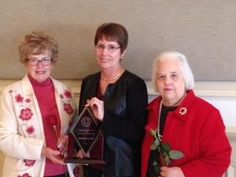 Congratulations again to Elaine Cox, recipient of the Elizabeth Snapp Award for Excellence in Librarianship! http://www.twulibraries.blogspot.com/2014/11/elaine-cox-wins-elizabeth-snapp-award.html