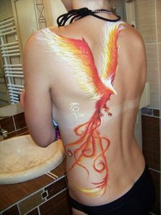 Phoenix tattoo- I like the use of white in this one.