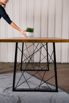 Create your own dining table with these art deco geometric t.- Create your own dining table with these art deco geometric table legs Replacement table legs available from our Etsy store! Esstisch Design, Metal Dining Table, Outdoor Dining, Diy Metal Table Legs, Metal Table Frame, Industrial Table Legs, Welding Table, Metal Welding, Steel Furniture
