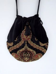 Black Velvet Tapestry Pocket Boho Bag Drawstring Bag Bohemian Bag Crossbody Purse - The latest in Bohemian Fashion! These literally go viral! Mochila Retro, Ethnic Bag, Boho Bags, Bohemian Bag, Bohemian Fashion, Carpet Bag, String Bag, Fabric Bags, Sewing Projects