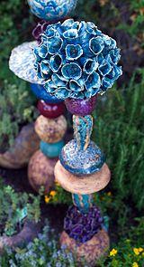 flower totem ceramic - Google Search