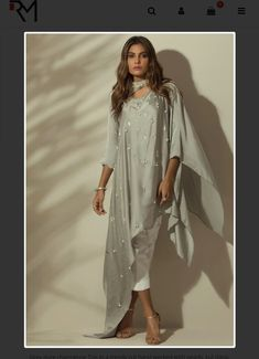 Indian Fashion Dresses, Indian Designer Outfits, Girls Fashion Clothes, Kaftan Designs, Simple Kurti Designs, Western Dresses For Women, Stylish Dresses For Girls, Latest Dress Design, Stylish Dress Designs