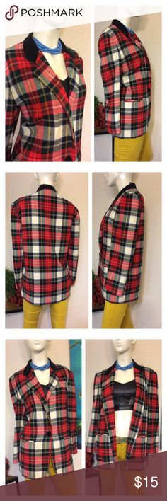 """Vtg Plaid Flannel Oversized Blazer Jacket Large Black velvet collar Plaid print Blazer. Single button closure. 2 Pockets. Vintage size 8. Great pre owned condition.  Approx measurements laid flat-(double where necessary) Shoulder to shoulder: 18"""" Underarm to underarm: 21.5"""" Waist: 21"""" Hips: 22.5"""" Shoulder to hem: 29.5"""" Sleeve: 23"""" I ship paid items everyday at 3 pm.  Thanks!!! Vintage Jackets & Coats Blazers"""