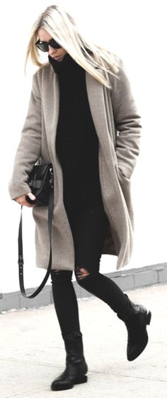 If you're looking for something to wear as summer becomes fall, ripped skinnies and sweater under a long coat are just what you need. Via figtny Coat: Oak & Fort, Skinnies: Zara, Sweater: Aritzia Knit, Boots: Alexander Wang