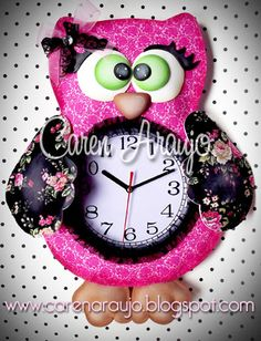 Tutti Colore by Caren Araujo: Pra não perder a hora!!! Christmas Clock, Christmas In July, Christmas Ornaments, Owl Crafts, Diy And Crafts, To My Daughter, My Design, Minnie Mouse, Projects To Try