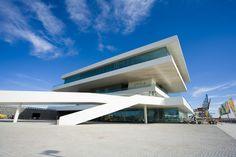 Edificio-Veles-y-Vents-de-la-Marina-Real-de-Valencia-21.jpg (1400×933)