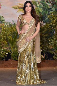 Bollywood Actress Hot Photos, Indian Bollywood Actress, Beautiful Bollywood Actress, Beautiful Indian Actress, Bollywood Fashion, Bollywood Girls, Bollywood Saree, Sonam Kapoor Wedding, Kareena Kapoor Saree