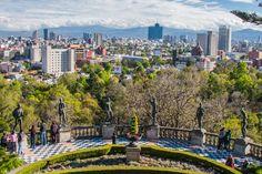 México es una de las capitales más pobladas del planeta. Pero también es una de las más intensas, llenas de cultura, arte, entretenimiento, y todo tipo de atracciones diurnas y nocturnas.   #DF #DistritoFederal #MexicoDF #CiudadDeMexico  ¡Toma un #vuelo directo a esta bella urbe latinoamericana!  http://www.bestday.com.mx/Vuelos/