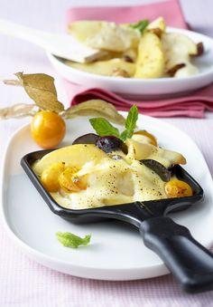 Zimtapfel-Raclette | Zeit: 15 Min. | http://eatsmarter.de/rezepte/zimtapfel-raclette