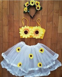 Best Friend Halloween Costumes, Purim Costumes, Halloween Outfits, Trendy Halloween, Halloween Diy, Disney Halloween, Sunflower Party, Halloween Kleidung, Halloween Disfraces