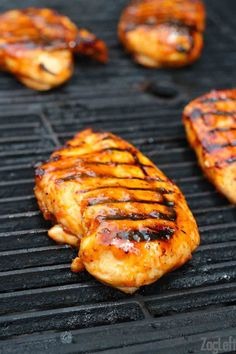 Honey Sriracha Glazed Chicken Poutine | ZagLeft