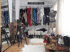 Vintage inspired dressing room ideas of Hammers & High Heels - love the rolling crate storage and the way she stores her shoes! eclecticallyvintage.com