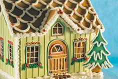Gingerbread Bungalow template, from Gingerbread-House-Heaven.com