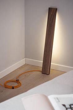 left_lamp