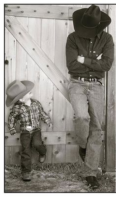 Father and son cowboy photo Cowboy Baby, Cowboy And Cowgirl, Cowboy Boots, Baby Pictures, Cute Pictures, Baby Photos, Cowboy Family Pictures, Western Family Photos, Father Son Pictures