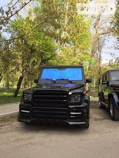 Mercedes-Benz G 320 1997 (фото: 1) Mercedes Benz G, Mercedes G Class, Mercedes G Wagon, Black G Wagon, Lakefront Homes, S Car, Modified Cars, Luxury Life, Car Pictures