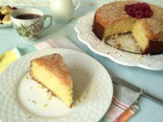 Lemon Crunch Cake (Lemon Drizzle Traybake)