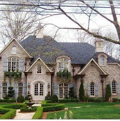 French county                                                                   ... Cottage Pie, French Cottage, French Style, French Country Exterior, Mansions, House Styles, Exterior Paint, Home Decor, Mansion Houses