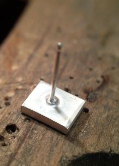 How to Solder a Post Onto an Earring - come si salda il perno di un orecchino