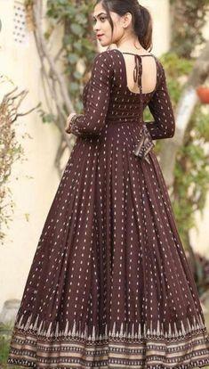 Kurta Designs, Kurti Designs Party Wear, Latest Kurti Designs, Cotton Long Dress, Long Gown Dress, Long Gowns, Saree Dress, Indian Gowns Dresses, Indian Fashion Dresses