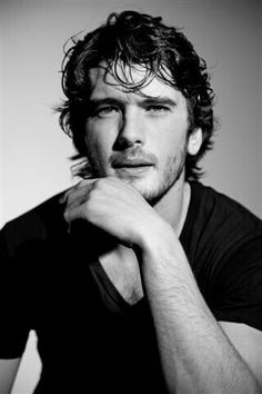 Images, gifs, and pictures of the Spanish actor Yon González in Grand Hotel, El Internado and modeling Beautiful Boys, Gorgeous Men, Beautiful People, Good Looking Men, Male Beauty, Man Crush, Perfect Man, Cute Guys, Celebrity Crush