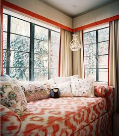 coral daybed-betsy burnham