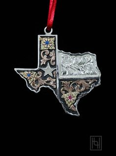 Gift this adorable piece and enrich your family tradition with a symbol of your home state; Texas Christmas Ornament by Hyo Silver. Texas Texans, Waco Texas, Texas Jewelry, Texas Treasures, Only In Texas, Texas Forever, Loving Texas, Texas Bluebonnets, Texas Pride