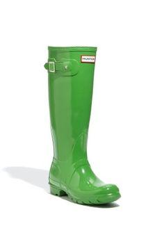 Green rain boot! <3