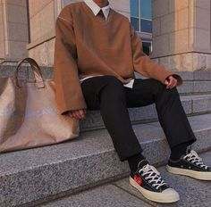 Discover Our Streetwear Chest Bag⬇️ streetwear highsnobiety fashion street styles urban aesthetic outfits men women sneakers hypebeast Grunge Outfits, Mode Outfits, Fashion Outfits, Fashion Trends, Fashion Ideas, Fashion Boots, Fashion Tips, Vintage Outfits, Retro Outfits