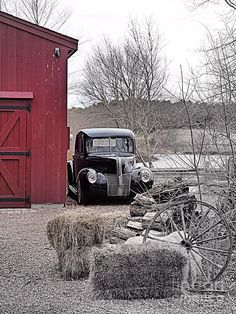 10+Great+Barns+With+Cars+And+Trucks