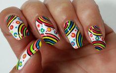 Des ongles décorés à l'occasion de Pâques, c'est amusant et original !