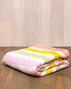 """Snuggle x 4 - 47"""" x 47"""" cotton muslin quilt - 4-layer 100% cotton muslin - breathable - softer with each wash - machine washable - original prints to fit your unique style"""