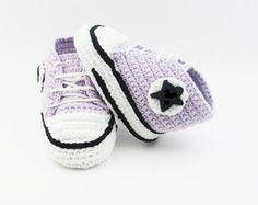 Light purple baby crochet sneakers, crochet baby booties, baby shoes, crochet baby shoes, Light purple baby shoes, crochet bay CONVG8