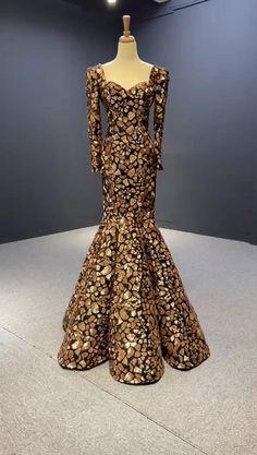 Sequin Evening Dresses, Gold Prom Dresses, Pretty Prom Dresses, Evening Dresses For Weddings, Wedding Dresses For Girls, Mermaid Evening Dresses, Bridal Dresses, Beautiful Dresses, Nice Dresses