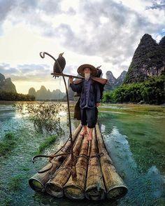 Cormorant Fisherman, Li River, #China  PC @king_roberto