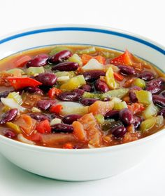Red Bean Vegetable Soup - Healthy Recipes: Easy Meals from Canned and Dry Foods - Shape Magazine - Page 1 (Fast Easy Meal Veggies) Bean And Vegetable Soup, Vegetable Soup Healthy, Healthy Soup, Healthy Cooking, Healthy Eating, Soup Recipes, Vegetarian Recipes, Cooking Recipes, Healthy Recipes