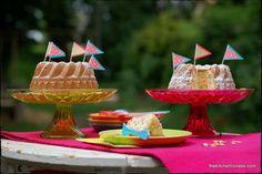 The Kitchen Lioness: Colorful Funfetti Bundts