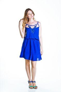 Vestido Comfort Azul com Tule e Renda