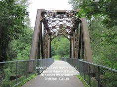 CEDAR RIVER TRAIL: WA - 17 mile trail made of asphalt/gravel that runs between Renton and Hobart.