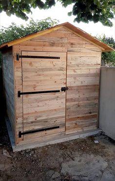 Pallet Garden Shed or Cabin | 101 Pallet Ideas